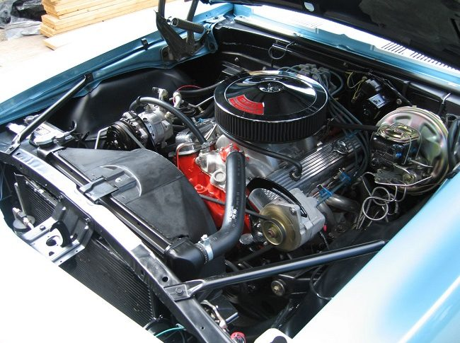 How Carburetors Works in Old Classic Cars - Here we talk about Carburetor Fundamentals, Distribution, Metering, air stream to vaporize, vacuum air and more.